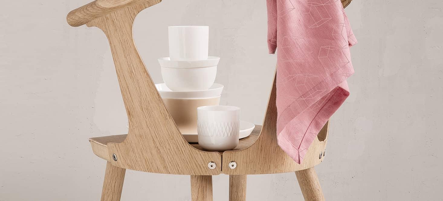 Porzellanbecher: Pur und reduziert gestaltet